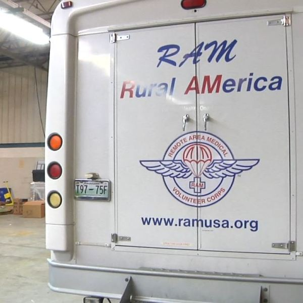More than 800 people show up to the RAM clinic Saturday_52880