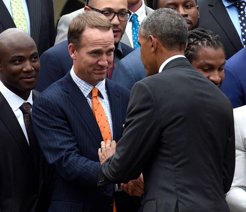 Barack Obama, Peyton Manning_214854