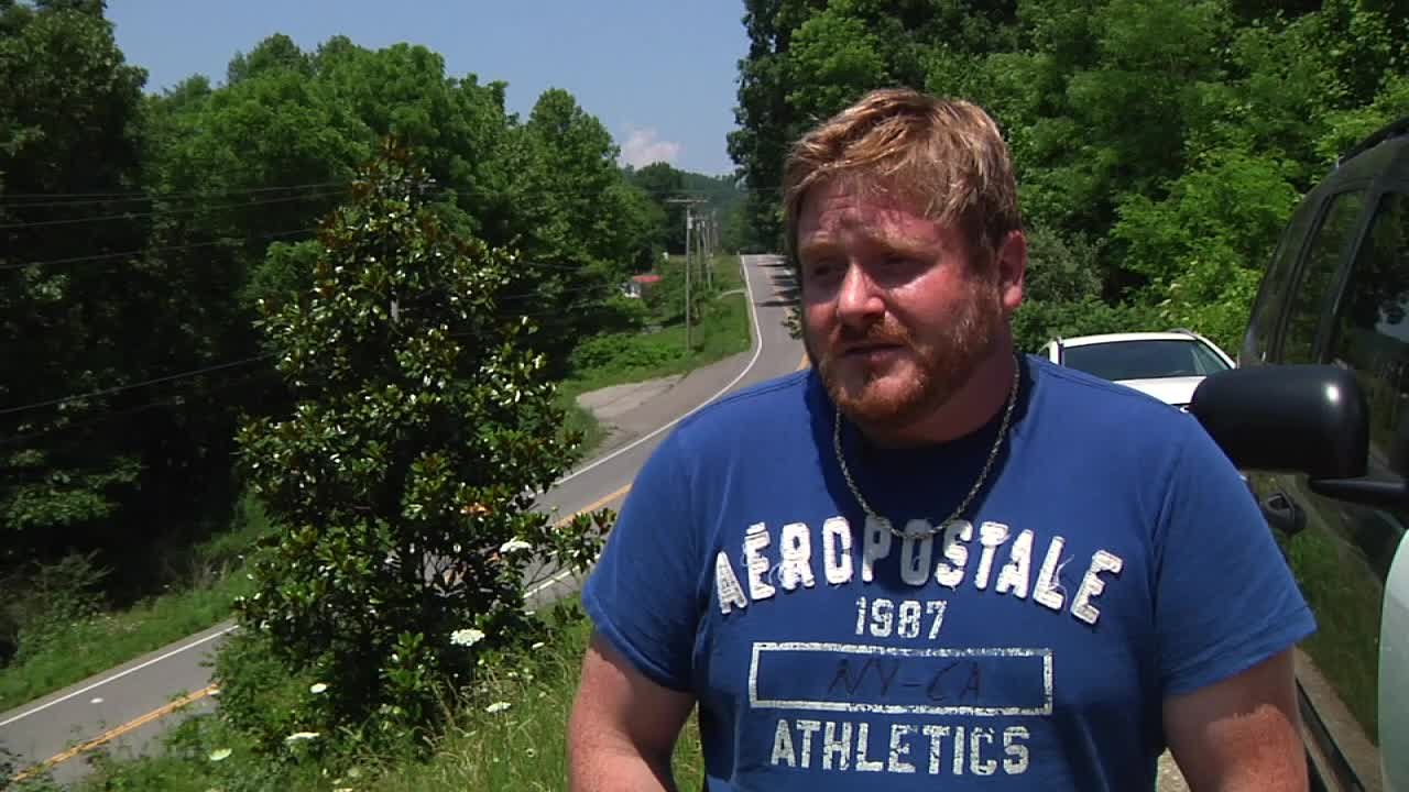 Hero' couple finds missing LaFollette woman after car crash