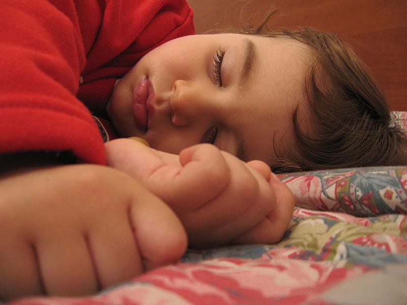 A child sleeping_262876