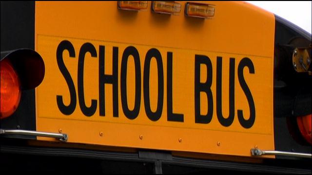 schoolbus1_243462