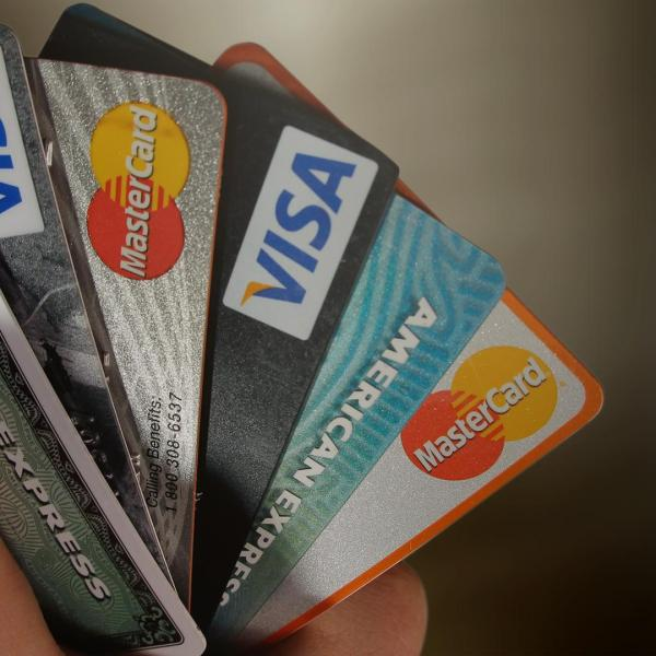 Credit cards, debit cards_220120