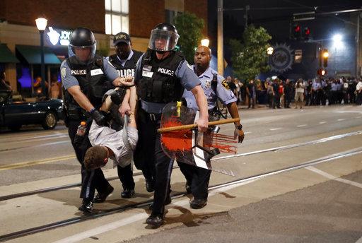APTOPIX Police Shooting St Louis_358846