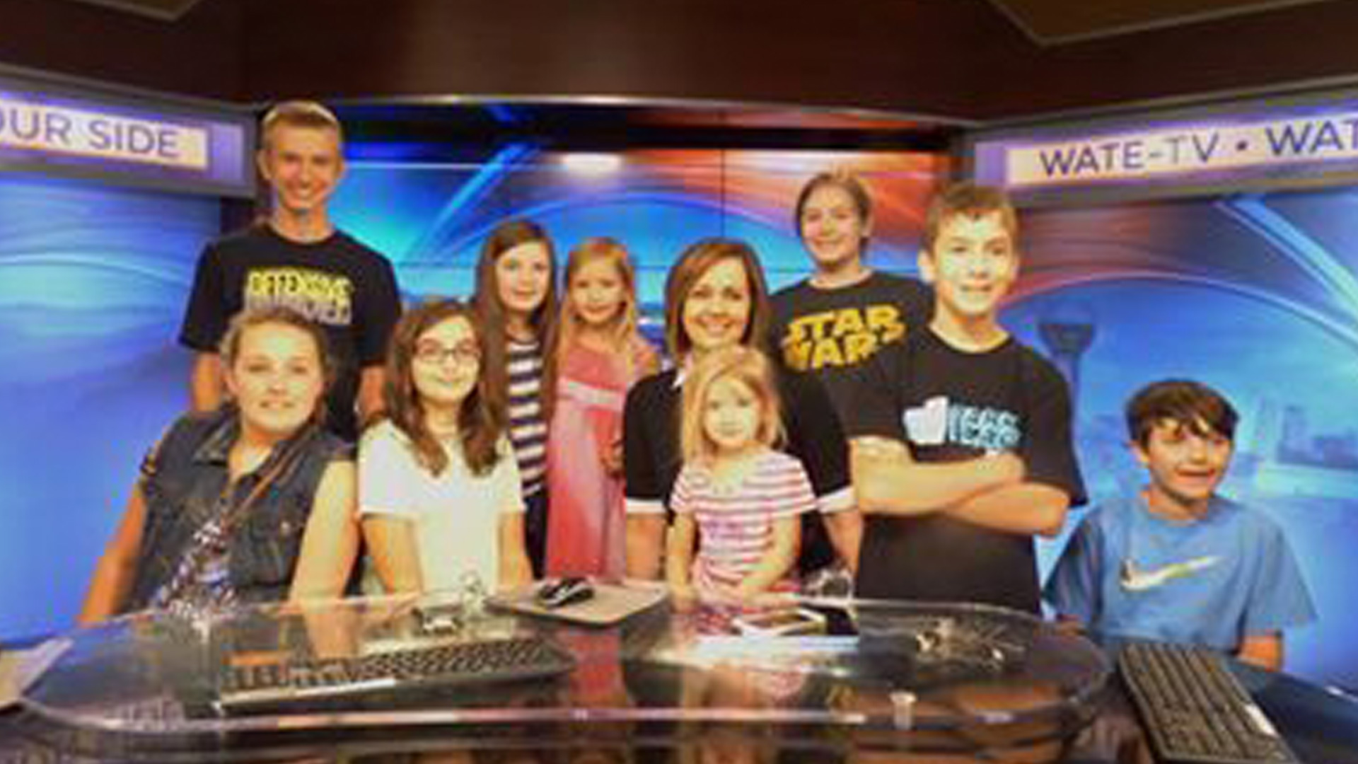 Sevier County homeschoolers take tour of WATE