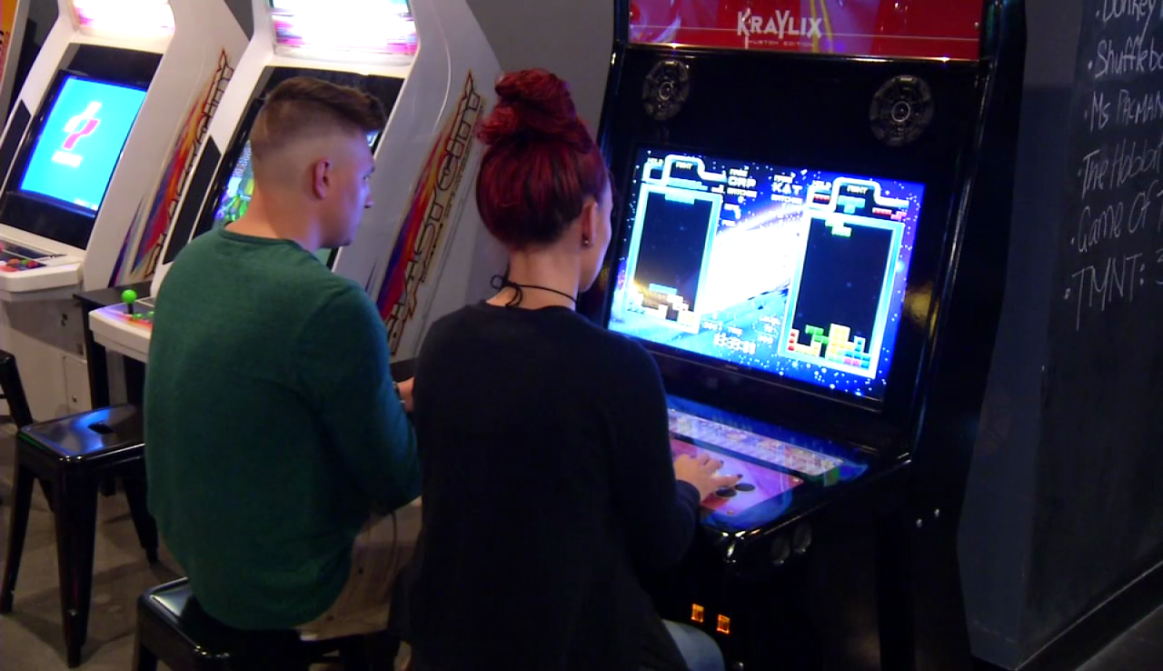 New gaming bar opens in West Knoxville