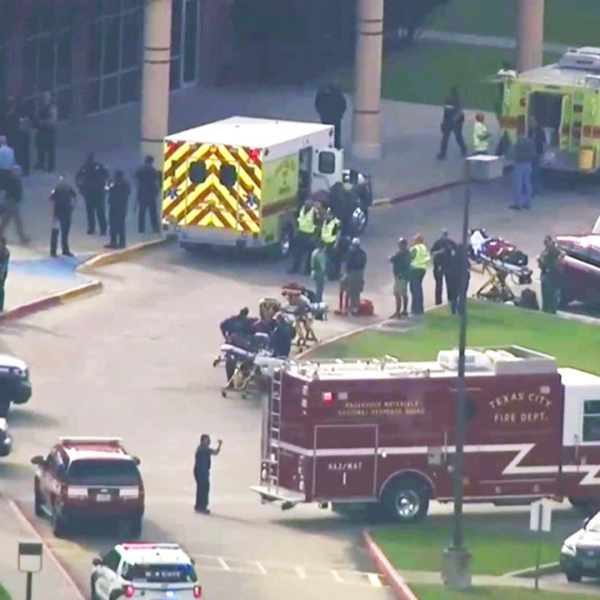 School Shooting-Texas_1526663581697-873772846