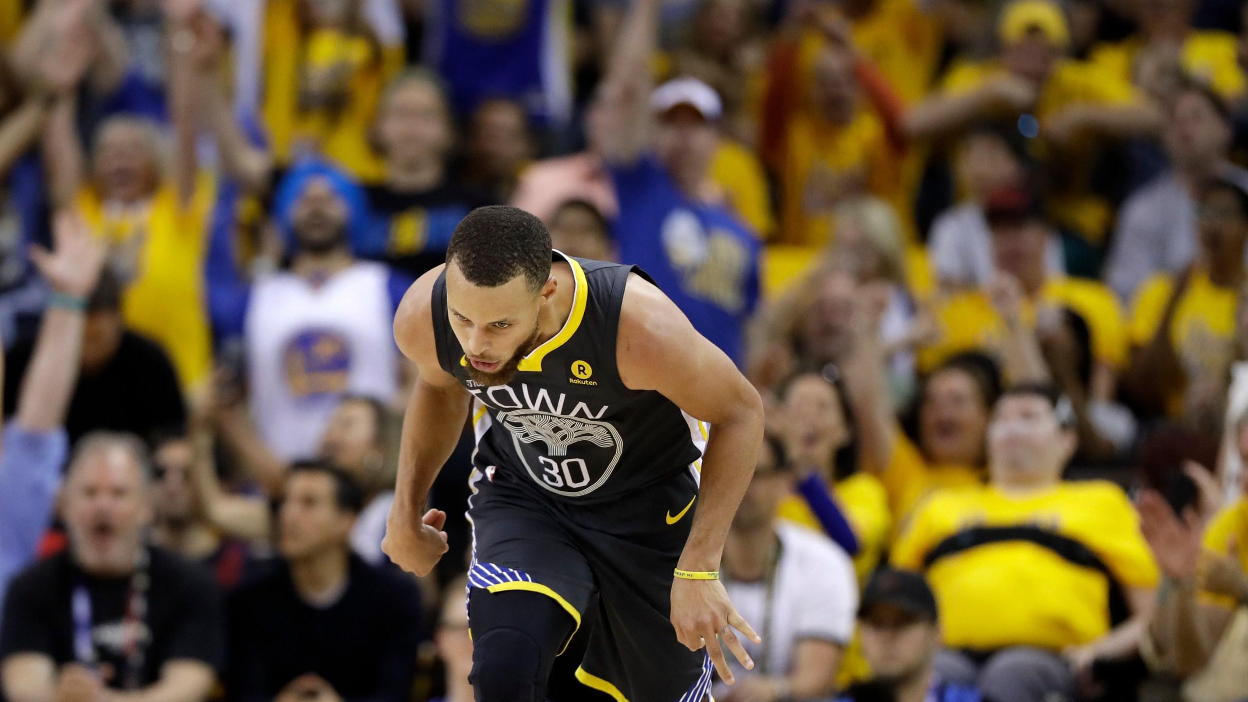 NBA_Finals_Cavaliers_Warriors_Basketball_25715-159532.jpg04816508