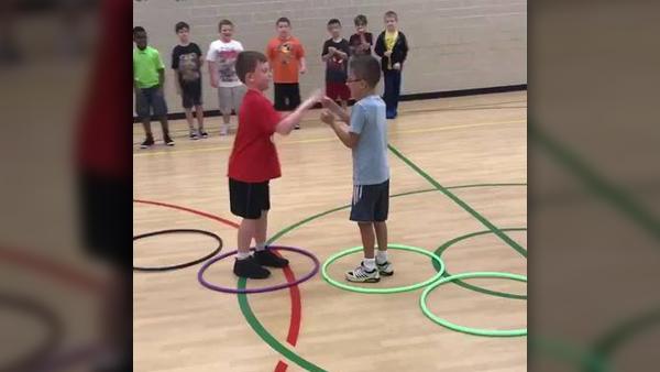 Hoop_Hop_Showdown_0_52077093_ver1.0_1280_720_1534451411457.jpg