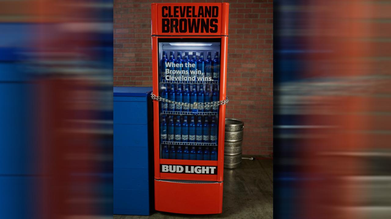 bud light fridge_1534262935913.jpg-873772846.jpg