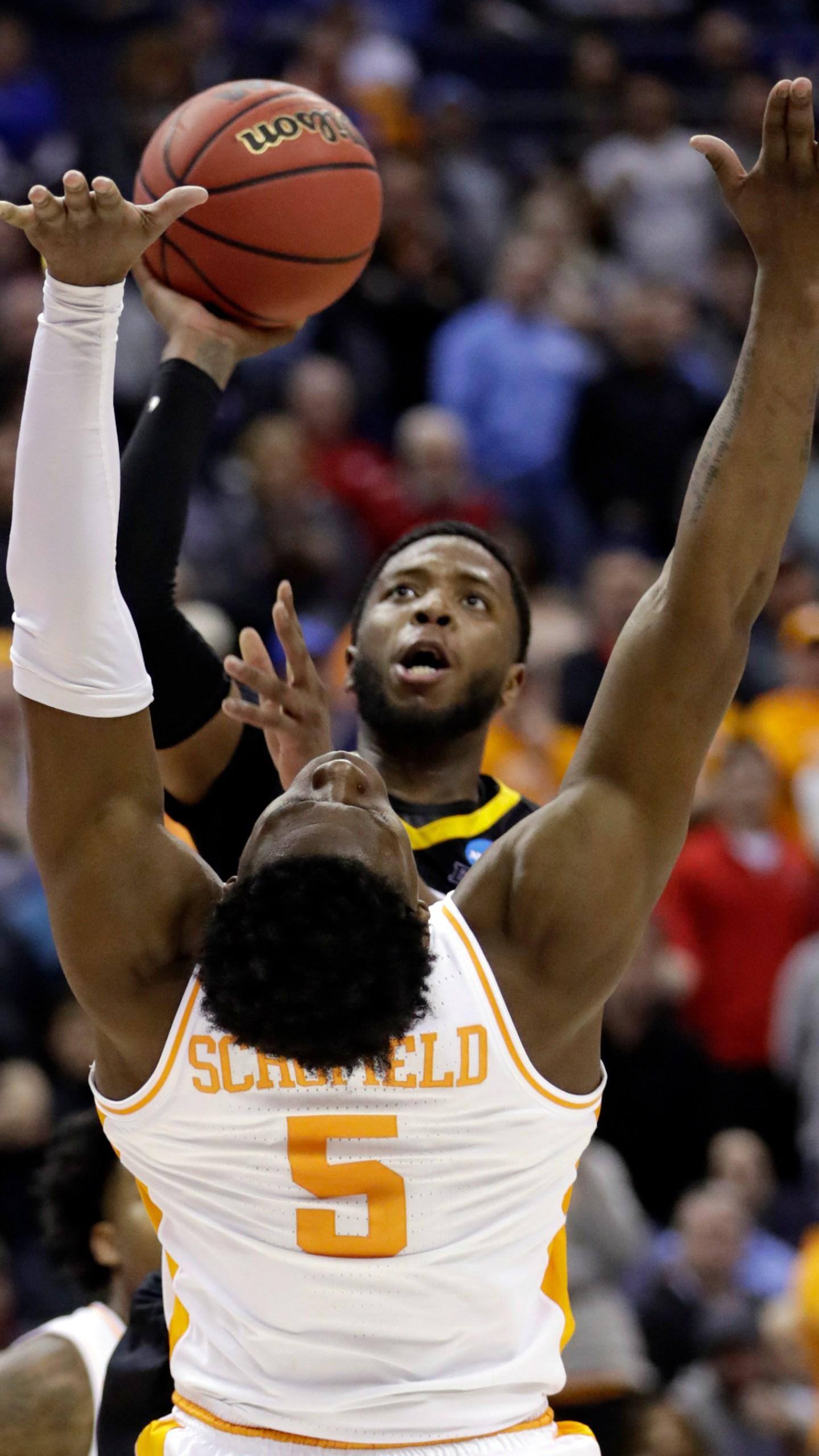 NCAA Tennessee Iowa Basketball_1553540493590