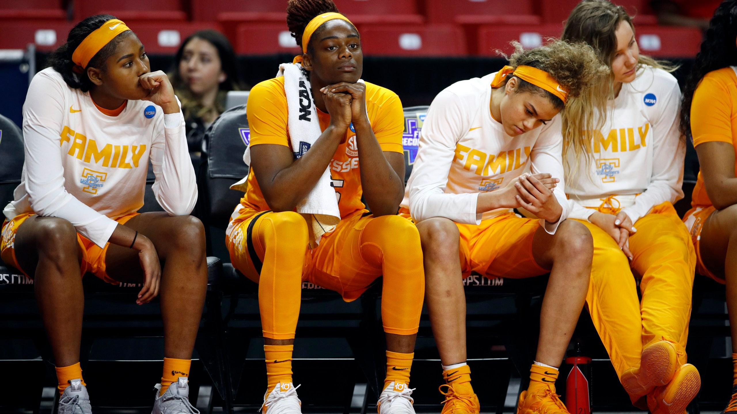 NCAA Tennessee UCLA Basketball_1553370615580