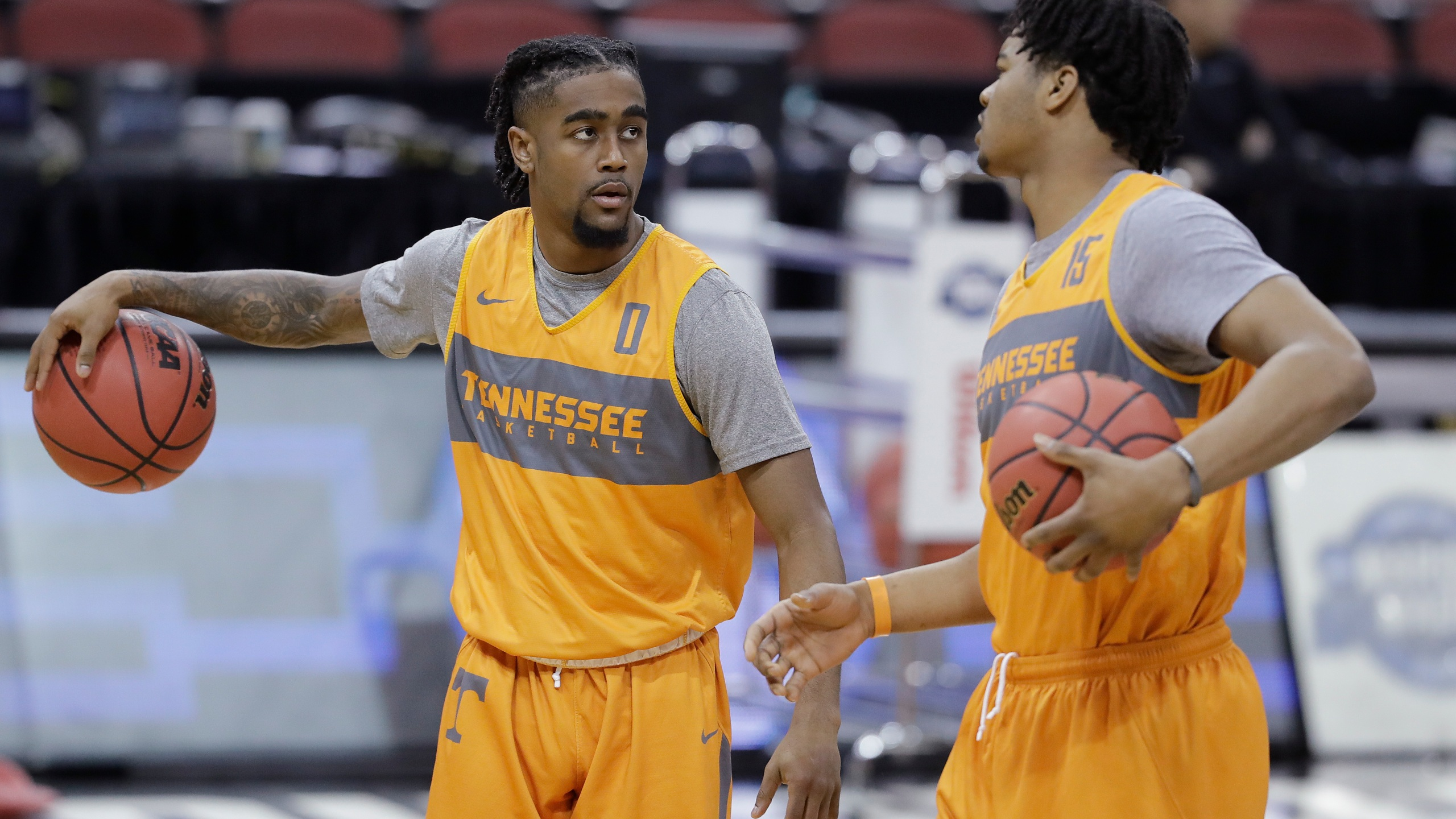 NCAA Tennessee Basketball_1553714589436