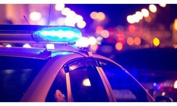 POLICE LIGHTS AND BLURRY LIGHTS BACKGROUND_generic_1546388412053.jpg.jpg