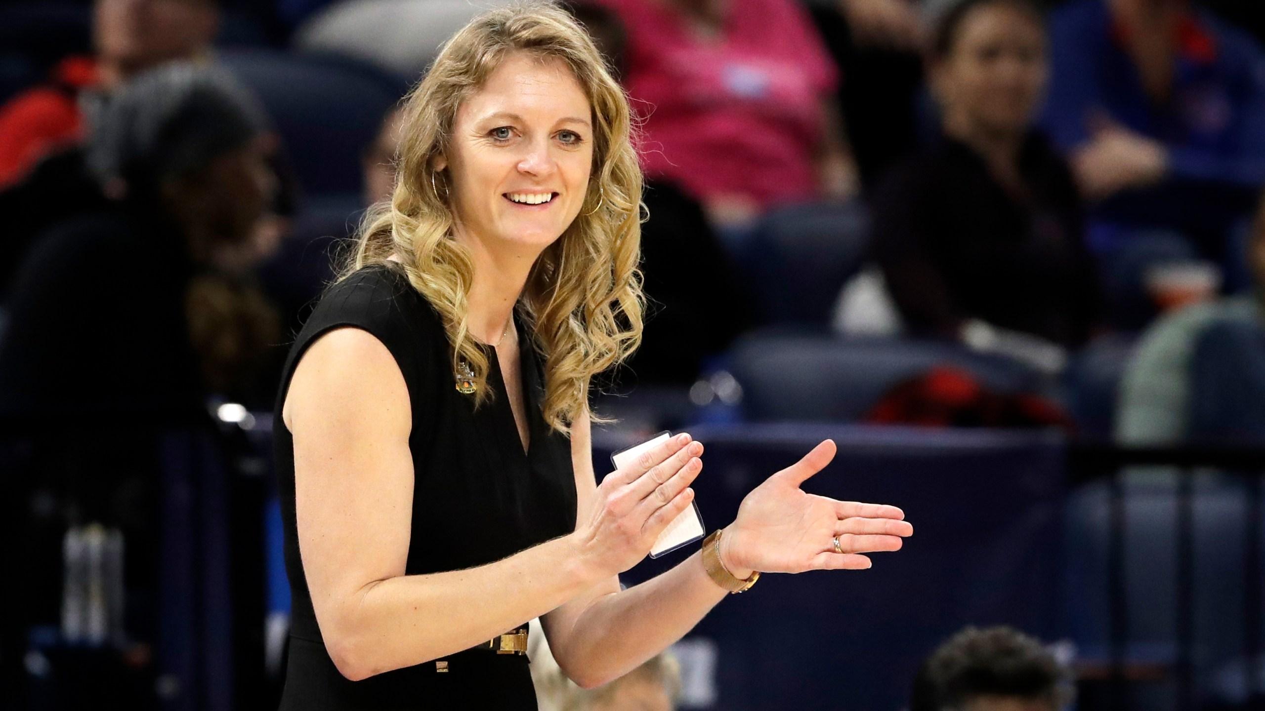 Kellie Harper NCAA Missouri St Stanford Basketball_1554895386524