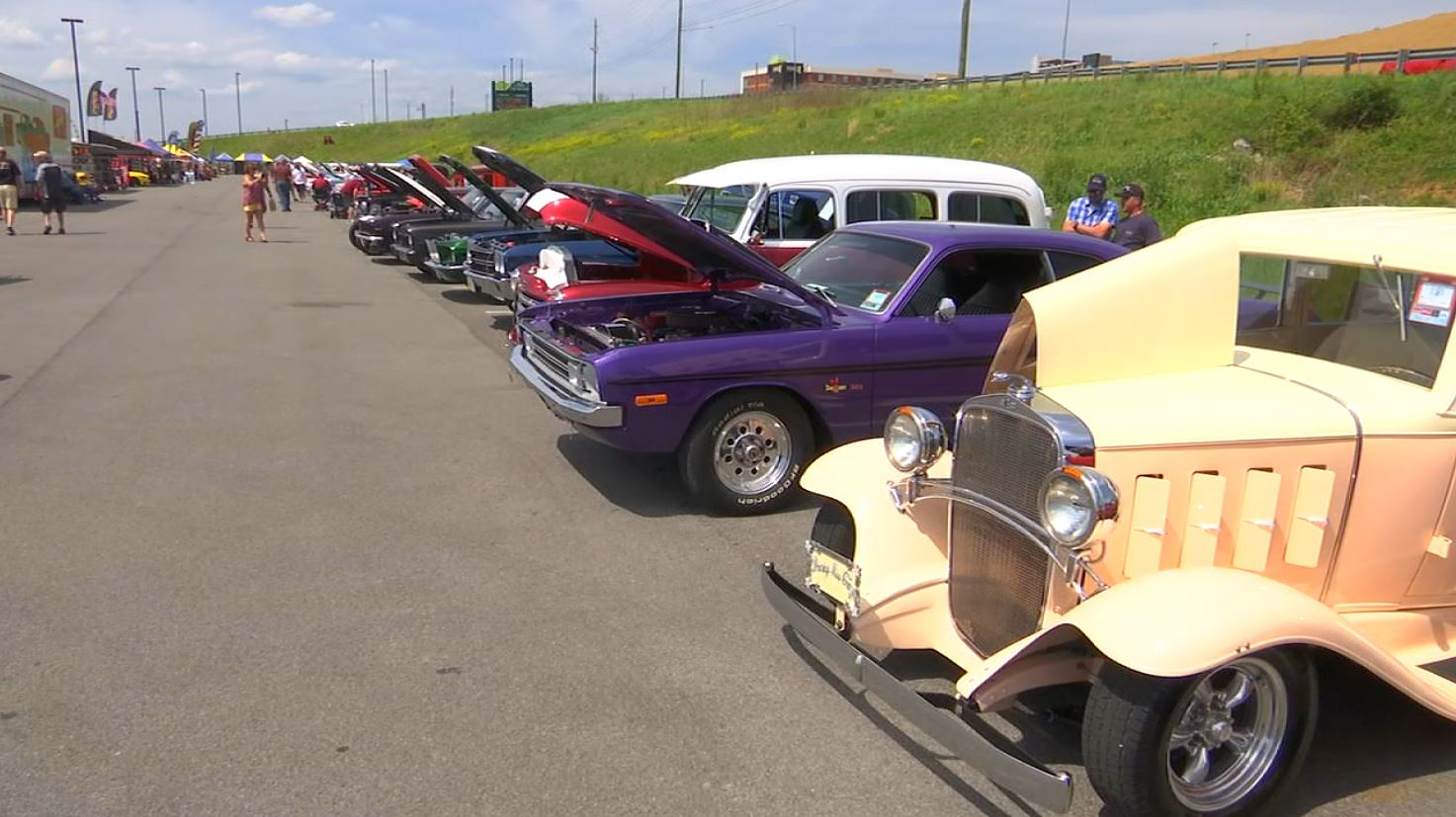 COVER PHOTO_Spring Rod Run to take over Pigeon Forge_0411_1555018051201.JPG.jpg