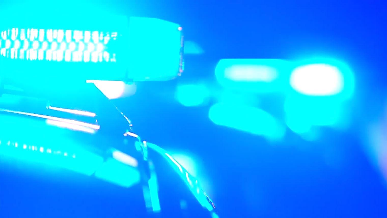 POLICE LIGHTS BLUE_WATE_1556160082705.JPG.jpg