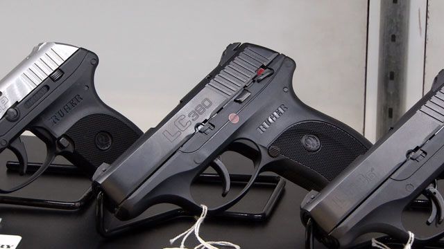 Guns generic gun_477752-873703986