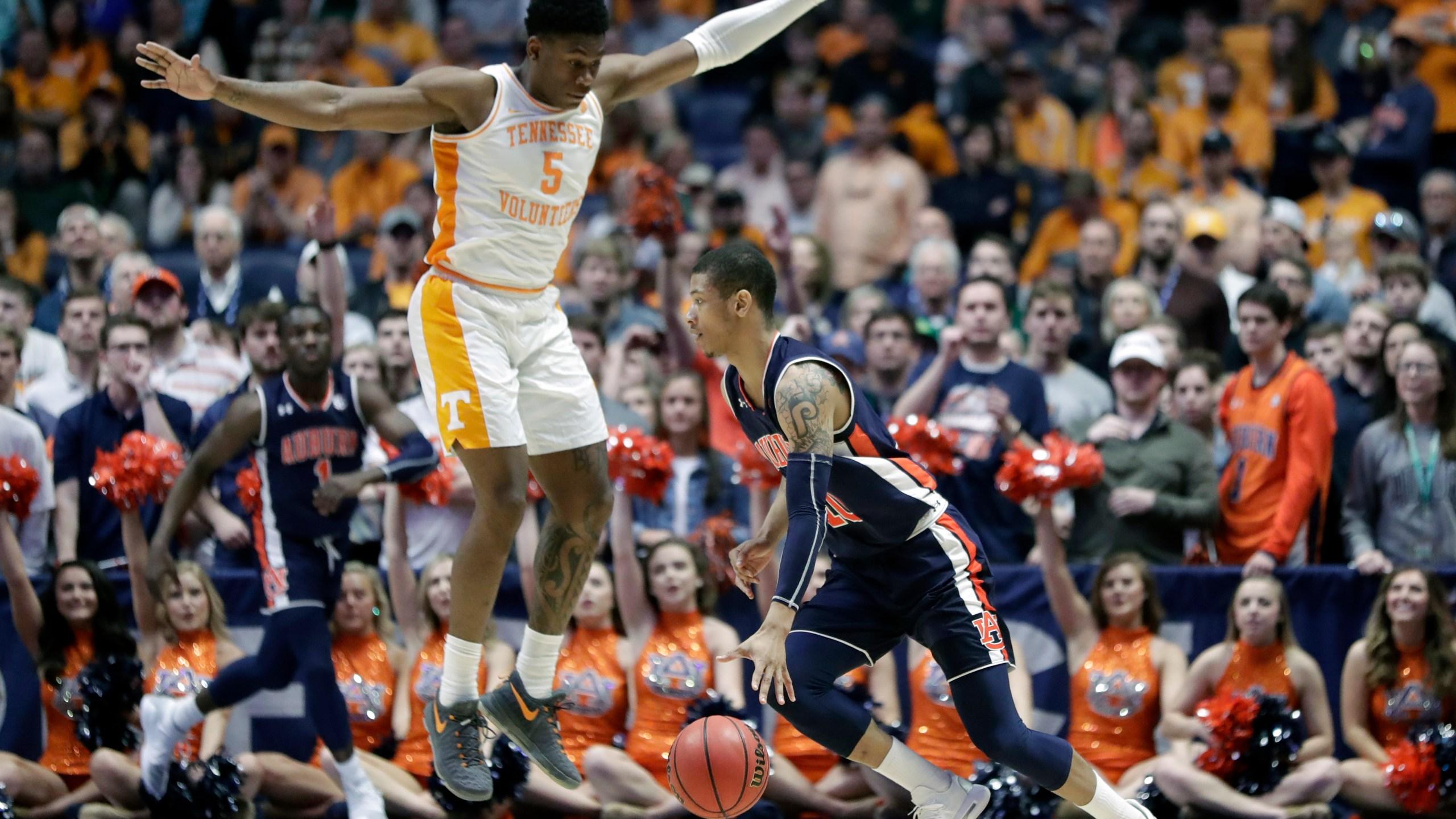 SEC Auburn Tennessee Basketball_1552848496822