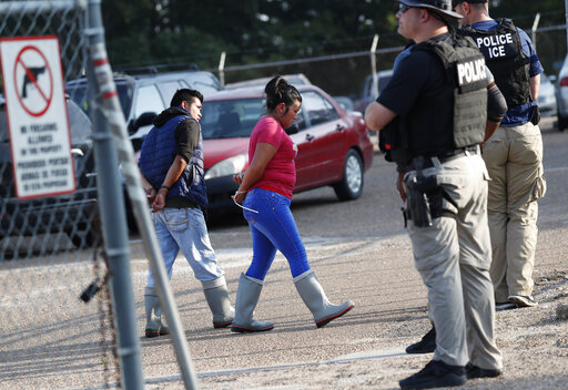 Largest US immigration raids in a decade net 680 arrests – WATE