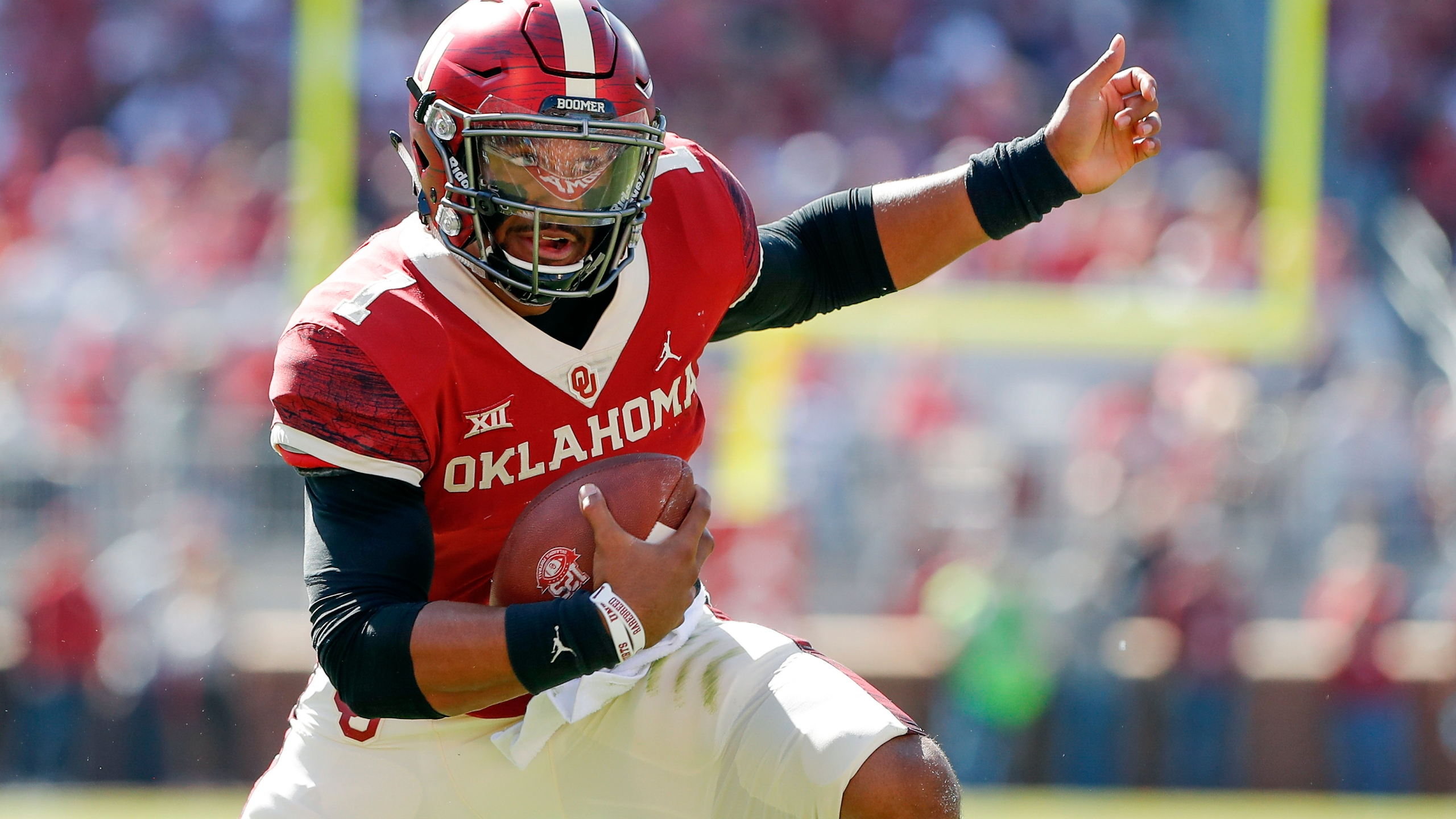 Oklahoma QB Jalen Hurts enjoying final