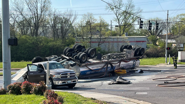 Knoxville tanker crash Middlebrook Pike